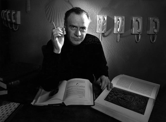 Marshall McLuhan, 1967 © Yousuf Karsh